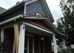Foreclosed Home en N WALNUT ST, Lansing, MI - 48906