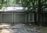 Foreclosed Home en N 27TH ST, Gatesville, TX - 76528