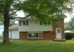 Foreclosed Home en BASIL AVE, Youngstown, OH - 44514