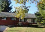 Foreclosed Home en IMBLER DR, Cincinnati, OH - 45218