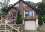 Foreclosed Home en CAPPEL DR, Cincinnati, OH - 45205