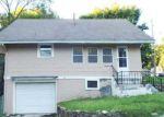 Foreclosed Home en MAIN ST, Kansas City, MO - 64114
