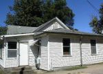 Foreclosed Home en S 5TH ST, Quincy, IL - 62301