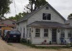Foreclosed Home en N 4TH AVE, Spring Grove, IL - 60081
