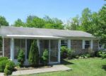 Foreclosed Home en RIVERDALE RD, Louisville, KY - 40272