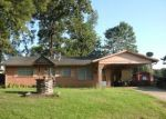 Foreclosed Home in OAKCREST ST, Shreveport, LA - 71109