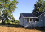 Foreclosed Home en MEADOWLARK LN, Centralia, IL - 62801
