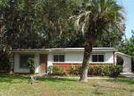 Foreclosed Home en COTTONWOOD LN, Orange Park, FL - 32073