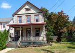 Foreclosed Home en MURRAY ST, Freehold, NJ - 07728