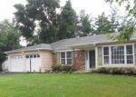 Foreclosed Home en EWINGVILLE RD, Trenton, NJ - 08638