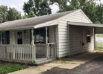 Foreclosed Home en EASTERN AVE, Fostoria, OH - 44830
