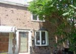 Foreclosed Home en S LYNBROOK RD, Darby, PA - 19023