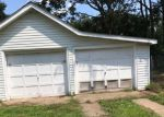 Foreclosed Home en CHAMBERS ST, Trenton, NJ - 08610