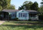 Foreclosed Home en E 12TH PL, Claremore, OK - 74017