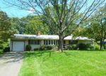 Foreclosed Home en STERLING PL, Hamden, CT - 06514