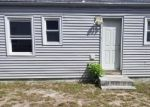 Foreclosed Home en DRUM POINT RD, Brick, NJ - 08723