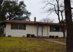 Foreclosed Home en S WALNUT ST, Brady, TX - 76825
