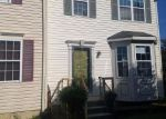 Foreclosed Home en VILLAGER CIR, Dundalk, MD - 21222