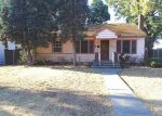 Foreclosed Home en W COLUMBIA AVE, Spokane, WA - 99205