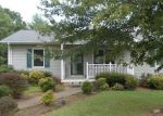 Foreclosed Home en HOPKINS RD, Rocky Mount, VA - 24151
