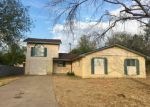 Foreclosed Home en CANDLEWOOD RD, Laredo, TX - 78045