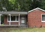 Foreclosed Home en LEE ST, Martin, TN - 38237