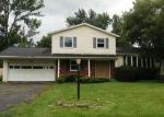 Foreclosed Home en STRAUB RD, Rochester, NY - 14626