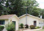 Foreclosed Home en VACATION LN, Camdenton, MO - 65020