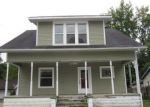 Foreclosed Home en SPRUCE ST, Dowagiac, MI - 49047