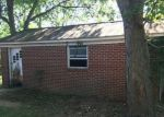 Foreclosed Home en GROVES LN, Franklin, KY - 42134