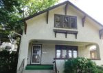 Foreclosed Home en N TAYLOR AVE, Oak Park, IL - 60302