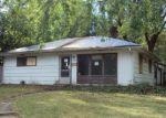 Foreclosed Home en E MICHIGAN AVE, Urbana, IL - 61801