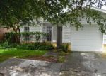 Foreclosed Home en CHERRYWOOD LN, Riverview, FL - 33579