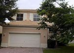 Foreclosed Home en PLACE LAKE DR, Fort Pierce, FL - 34951