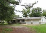 Foreclosed Home en HALEY ST, Melbourne, AR - 72556