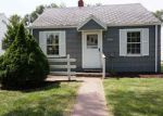 Foreclosed Home in ROBINWOOD DR, Fort Wayne, IN - 46806