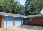 Foreclosed Home in N OSAGE ST, Ponca City, OK - 74601