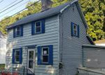 Foreclosed Home en N DELAWARE DR, Easton, PA - 18040