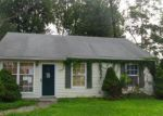 Foreclosed Home in GLEN AVE, New Castle, DE - 19720
