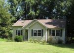 Foreclosed Home en AMERICAN DR, Montross, VA - 22520
