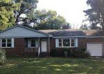 Foreclosed Home en FORRESTHILLS DR, Portsmouth, VA - 23703