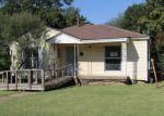 Foreclosed Home en LOCKHEED AVE, Dallas, TX - 75209
