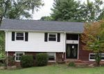 Foreclosed Home en JUNE DR, Kingsport, TN - 37664