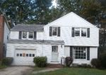 Foreclosed Home en HASELTON RD, Cleveland, OH - 44121