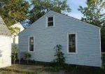 Foreclosed Home en CAYUGA DR, Niagara Falls, NY - 14304
