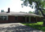 Foreclosed Home en HERSCEL MITCHELL RD, Picayune, MS - 39466
