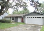 Foreclosed Home en FRESHWIND AVE, Tampa, FL - 33624