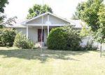 Foreclosed Home en REVERE ST, Lewiston, ME - 04240