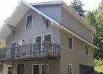 Foreclosed Home en CALAVANT HILL RD, Charlestown, NH - 03603