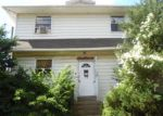 Foreclosed Home en N LYNN BLVD, Upper Darby, PA - 19082